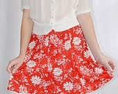 Vintage 1970s Red and White Floral Knit Flared Flip Skirt Mini Skirt Waist 24 to 38 Inches