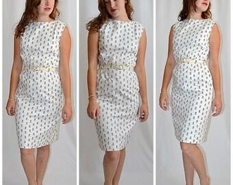 Vintage 1950s Lanz Original White Cotton Wiggle Sun Dress With Black Floral Print and Rick Rack Trim Sz S