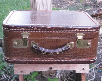 vintage leather overnight bag alligator design mid century travel large mirror