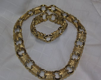 50%off...Givenchy Paris New York bold chunky statement gold tone necklace and bracelet