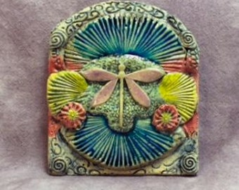 Ceramic,sculpted pink dragonfly tile