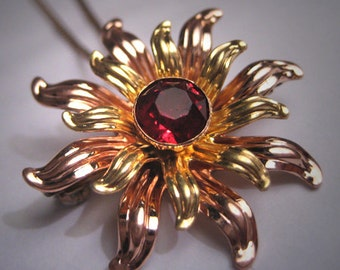 Antique Ruby Rose Gold Green Gold Art Deco Necklace Pendant 1930s Pin
