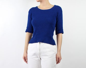 VINTAGE 1970s Blue Knit Top