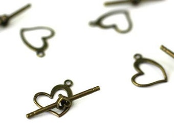Antique Brass Heart Toggle Clasps. Antique Brass Toggle Clasp. Antique Brass Jewelry Findings. 15x14mm Toggle Clasp // ABHTC