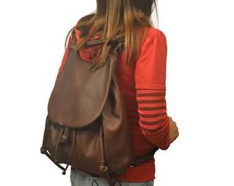 Handmade leather backpack,shoulder bag,messenger, named Daphne in Castagno brown, MADE TO ORDER