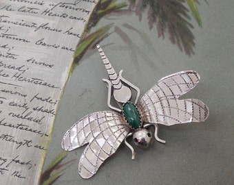Signed FRANK YAZZIE Sterling Dragonfly Brooch w/ Malachite