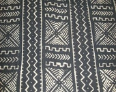 Traditional Mudcloth Black White real Mud cloth fabric/ handmade Rustic Authentic Mud cloth/ Made in Mali/ African Textiles Made in Africa