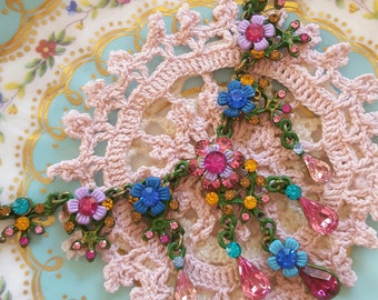 Vibrant Victorian Rainbow Floral Painted Negrin Style Necklace