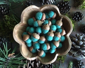 Felted wool acorns, Aqua Heather, set of 50