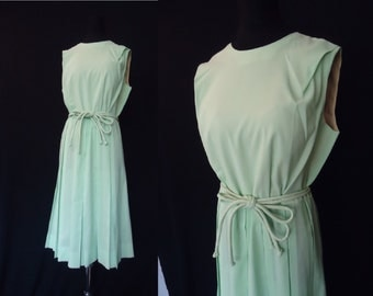 Mint Green Pleated Vintage 1950's Women's Rockabilly Day Dress M L