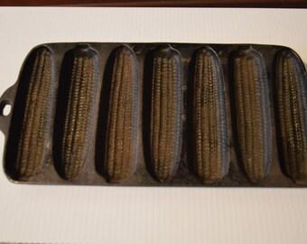 Vintage Cast Iron Pan For Cornbread Corn Cob Shape Wagner Ware