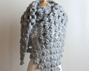 CROCHET PATTERN - instant download - Adventurously Puffy Scarf - PDF blue, gray, grey neck warmer