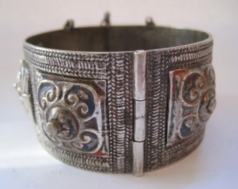 Moroccan Bracelet, Berber Bangle, Silver and Enamel Vintage Jewelry From Morocco