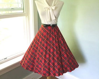 VINTAGE 1960s High Waisted Navy Blue Red & Green Accordion Style Pleated Plaid Full Skirt
