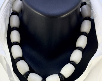 Black Onyx and White  AgateNecklace with Sterling Silver Clasp Choker Modern Contemporary, Ethnic