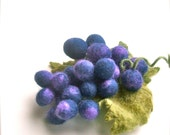 Felted Brooch Bunch of grapes- Handmade- Felt brooch- Wool brooch  Brooch Berries