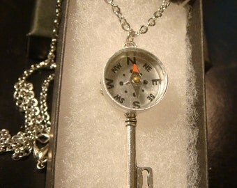 Real Working Compass Skeleton Key  Necklace (2127)