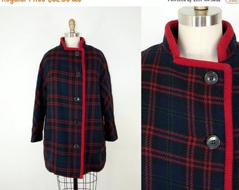 SALE 30% Off 60s Vintage Navy Plaid Coat. Winter Jacket (M)