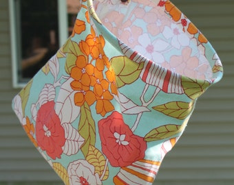Clothespin Bag Handmade - Walk in the Garden by Pink Tag Original Stay Open Design
