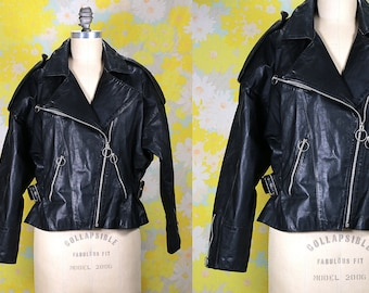 Vintage Vtg Vg 1970's 70's 1960's 60's Black Leather Motorcycle Jacket Mod Retro Easy Rider Rock and Roll Women's Jacket Size Medium Large