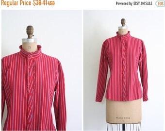20% SALE vintage 70s ladies Victorian inspired blouse - high ruffled collar shirt / Ticking Stripe - red & blue cotton / 1970s prairie top