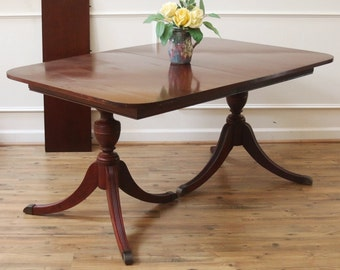 Vintage Duncan Phyfe Dining Table Mahogany American C1930s