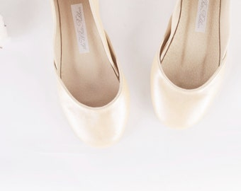 Pearl White Ivory Bridal Ballet Flats | Glossy Ballerina Wedding Shoes | Shiny Soft Wedding Flats | Pearl...made to order