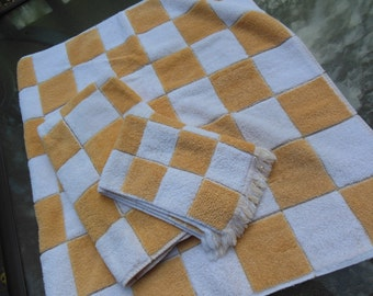 Gold & White Check with Gold Threading Design Towel Set, 3 PC Set By Martex