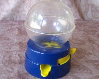 Vintage blue bubble gum bank. C2-433-10