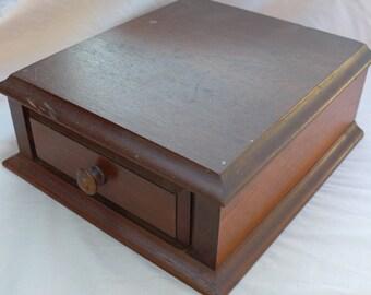 A Single Drawer / Vintage / Wooden / Desk Organizer