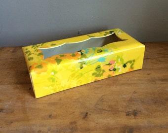 Vintage Mod Floral kleenex Tissue box cover fiberglass