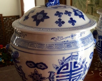 Old Blue and White High Fired Porcelain Ginger Jar with Lid /Eclectic / Exotic / Ethnic / Hand Painted Decoration / Useful Storage