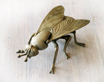 Vintage Brass Fly Ashtray, bee cendrier, Jewelry Case, Desk , 1950s