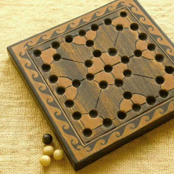 ANCIENT BOARD GAME - Woodwork - Art - Handmade - Decoration - Gift - Wedding gift - Christmas gift: Bear Game (Ancient Roman Empire)