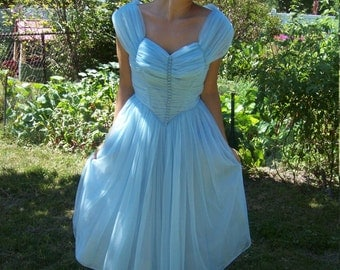 1950's Prom / Party / Maid Of Honor Dress Powder Blue Tulle Princess Gown