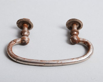 Antique metal drawer pull handle, rustic patina (IL)
