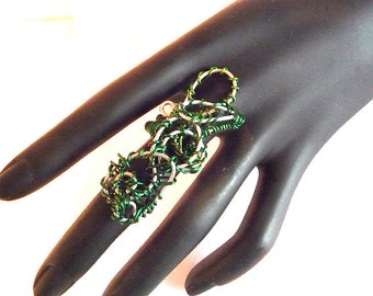 Knuckle Ring, Bohemian ring, Long ring, Wide Ring, Huge ring, armor ring, emerald green ring, green ring, wire ring, wire wrapped ring, big