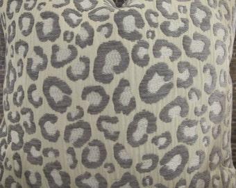 3BM Designer Pillow Cover Lumbar, 16 x 16, 18 x 18, 20 x 20, 22 x 22 - Leopard Sfina  Silver Gray Velvet Chenille