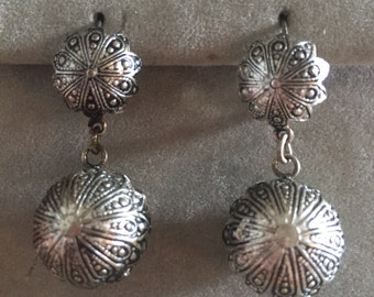 Damascene Silver Ball Earrings Pierced Earrings Damascene Spain 1970s Deadstock Bohemian Hippie