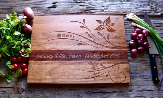 Engraved Cutting Board, Personalized Wedding Gift, Housewarming Gift, Anniversary Gift, Personalized Cutting Board Wood, Custom Engraved