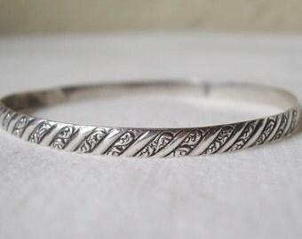 Vintage Sterling Silver Repousse Bangle Bracelet