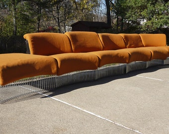VERNER PANTON Pantonova 7 pc. Modular Seating Unit ca. 1971