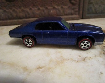 Vintage 1993, 'Johnny Lightning' with redline tires by 'Playing Mantis'!