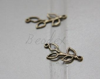 2pcs / Leaf / Antique Brass / Brass Base / Charm (C1177//C563)