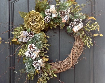 Christmas Winter Wreath Green Berry Twig Grapevine Door Wreath Decor Green Peony Wispy Branches Door Decoration Indoor Outdoor Decor