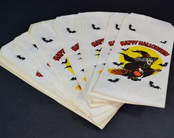 Vintage Paper Halloween Treat Bags Hallmark Ambassador White Orange Black Witch Broomstick Bats 21 Count Unused Party Favors Decoration