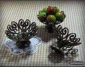 Dollhouse miniature bowl, antique bronze shabby chic style for fruit, miniature home decor