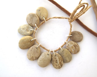 Stone Beads Mediterranean Beach Stone Jewelry Making Supplies Beach Pebble River Rock Diy Jewelry Charms STRIPED BEIGE MIX 20-21 mm