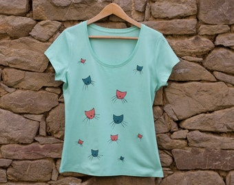 Sea Foam T-Shirt with Cats in Teal and Pink, Size M Hand Painted T-shirt, Gift For Cat Lovers