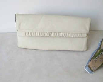 Vintage leather clutch bag, off white envelope bag, ivory evening purse, party ruffle flap clutch, retro faux leather womens clutch purse